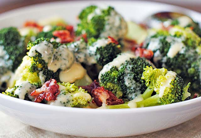 Broccoli with Cheese Sauce and Pancetta