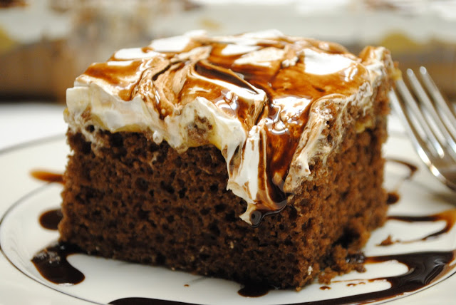 Fudge Mallow Cake