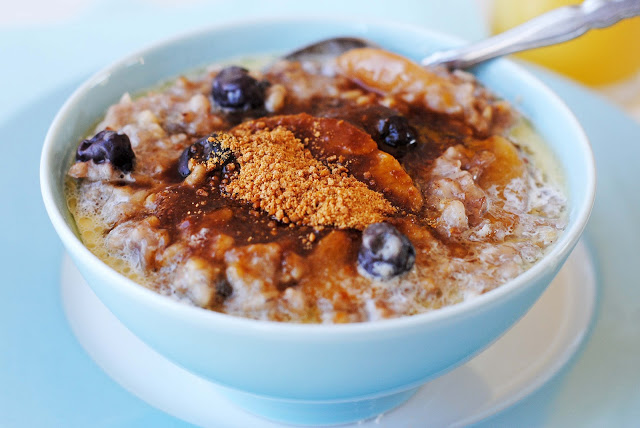 of oats in many variations–steel cut oats, rolled oats, Scotch oats ...
