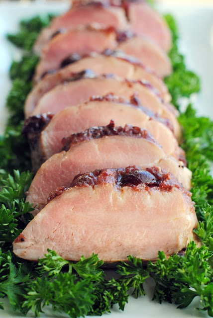 Pork+Tenderloin+with+Orange-Cranberry+Glaze+1127