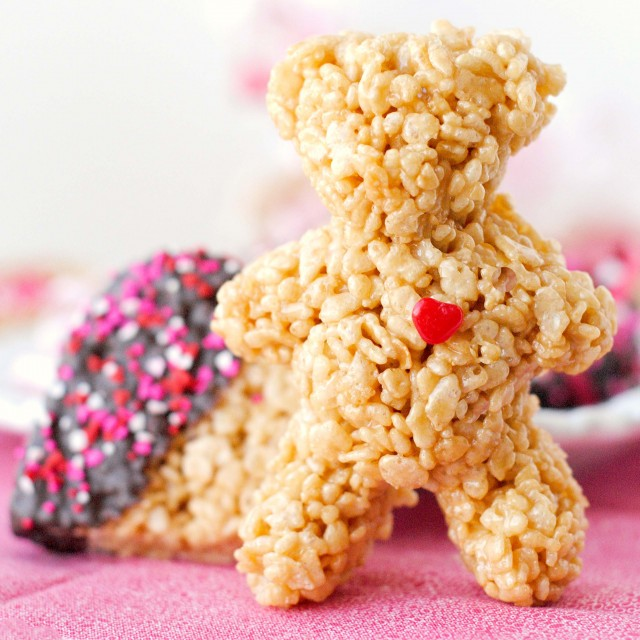 How To Mold Rice Crispy Treats For A Cake